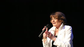 Nestárnoucí Yvetta Simonová (87): Jaký má recept na věčné mládí?