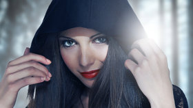 Ženy podle horoskopu: Vodnářky neumějí lhát, Lvice milují nepravé muže