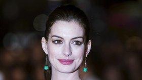 Oscarová kráska porodila: Anne Hathaway má synka