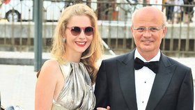 O 26 let mladší manželka miliardáře Horáčka (63): Majetek nemám já, ale můj muž!