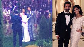 »Zoufalka« Eva Longoria (41) se potřetí vdala: ANO řekla při západu slunce