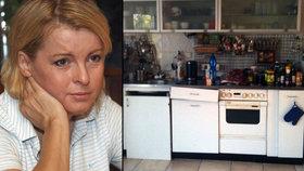 Naoko třpyt, uvnitř špína: Šokující foto ukazuje nechutnou kuchyni Bartošové (†48)