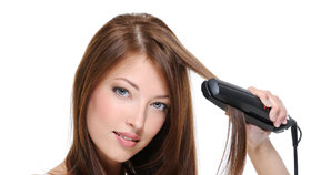 Vlasy od A do Z: Jak je vyžehlit rychle a šetrně?