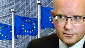 """""""Jen blázni jsou pro odchod z EU."""" Sobotka varoval před sebevraždou a chce euro"""
