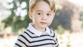 Princi Georgeovi jsou tři roky: Podívejte se na jeho nové fotky!