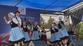 Lidovky z celého světa: Před Rudolfinem odstartovaly Pražské folklorní dny