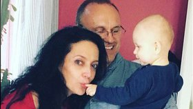 Bílá náhle odhalila své soukromí: Nenalíčená, se »svým« miminkem a neskutečně šťastná!