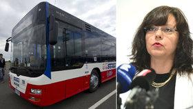 Šoféři autobusů si polepší o 16 korun na hodinu. Odbory kývly na návrh Marksové