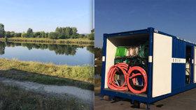 Praha cvičí na nedostatek vody. Kontejner umí přeměnit špinavou z Vltavy na pitnou