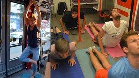 Recese v pražské MHD: Lidé rozbalili karimatky a začali cvičit jógu