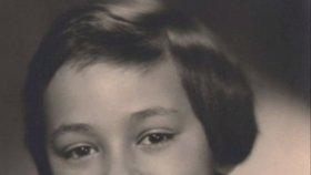 VIDEO: Pohřeb Františky Čížkové (†67), módní guru Blesku: Krainová, Rolins a další VIP!