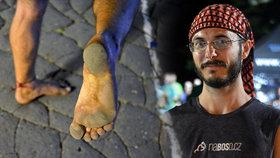 Po práci běhá bos 48 kilometrů denně: Lukáš nohama vydělává na dobrou věc