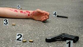 V Jílovém našli zastřeleného policistu, stejná hrůza se stala už před rokem