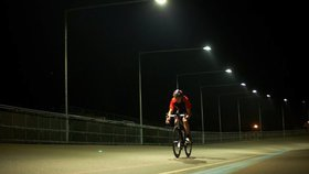 Cyklisté bez světel zaplatí pokutu dva tisíce. Policie posílí kontroly