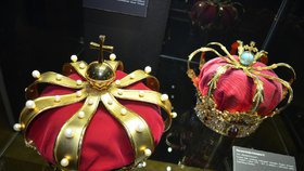 Unikátní výstava: Koruny velkých panovníků světa! Jaký skvost nosil africký král?