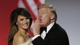"""""""Máme pořád skvělou chemii."""" Nová kniha odhaluje manželství Melanie a Trumpa"""