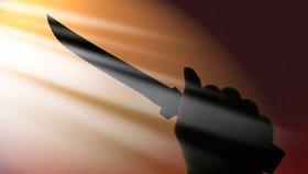 Zoufalý muž (38) vyhrožoval na Karláku sebevraždou: Do srdce si chtěl bodnout nůž
