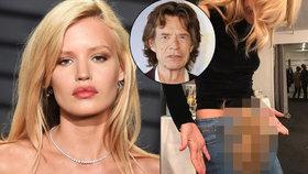 Dcera Micka Jaggera se odhalila: Ukázala šíleně chlupatý rozkrok!