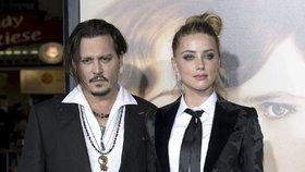 Kolaps bývalky Johnnyho Deppa: Podpásovka od právníků a miliardové odškodné!