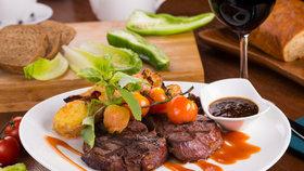 """""""Argentinské"""" steaky z Brazílie a Nizozemska. Restaurace klamaly o původu hovězího"""