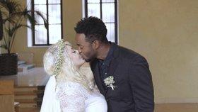Svatba na truc? Vnadná zpěvačka Dannie a exotický Albert ji tajili před rodiči