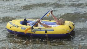 """""""Těším se na člun a rybník."""" Zeman slíbil, že stěhování jeho lásku k Vysočině neovlivní"""