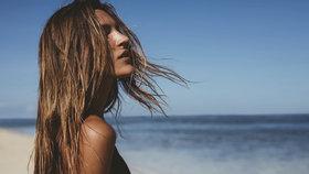 Test produktů na suché vlasy: Vyplatí se investovat do olejů a masek?