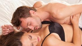 Erotická mapa ženského těla aneb kde se správně dotýkat