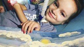 Katka (10) se nemůže hýbat. Přesto maluje neuvěřitelné obrazy!
