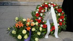 Kladení věnců na poctu obětem i výsadba stromu: Tak oslavily Petrovice vznik republiky