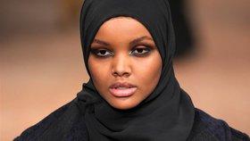 Z uprchlického tábora královnou krásy: Muslimská modelka boří hranice
