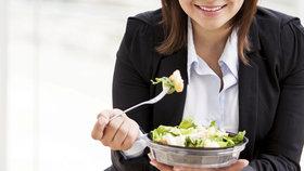 Denní jídelníček pro každého, kdo má nadváhu a pracuje v kanceláři