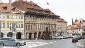 Dopravní změny na Pohořelci? Ministerstvo obrany chce uzavřít podloubí na Dlabačov