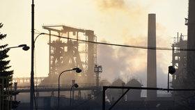 Postaví se Česko Unii? Zvažuje připojení k žalobě proti limitům na znečištění ovzduší