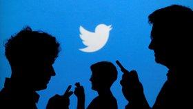 """Výzva k zabíjení židů """"frčela"""" na Twitteru. Sociální síť se omluvila"""