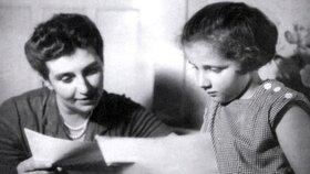 Stella Zázvorková: Matka ji ponižovala a jediná dcera spáchala sebevraždu!