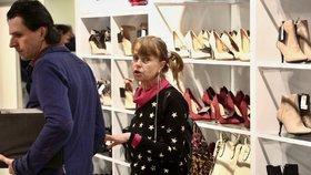 Ztrhaná a naštvaná Lenka Kořínková: S exmanželem na nákupech!