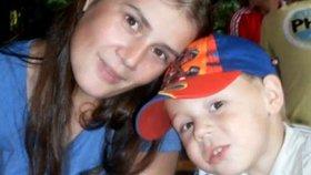 Maminka oslavila Jožkovy (12) narozeniny, pak ji našli oběšenou: Žije s prarodiči za 2 tisíce měsíčně