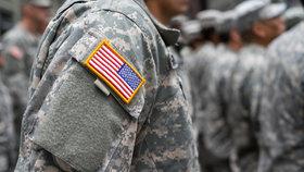 Armáda USA začne nabírat transgenderové rekruty. Trumpův zákaz zrušily soudy