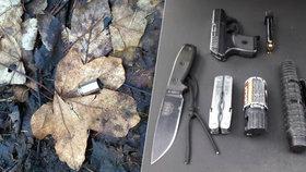 Otec na vánoční procházce s dětmi: Ze své pistole střílel na pejskaře, měl u sebe obušek i nože