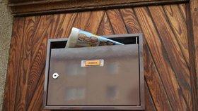 PNS expanduje. Největší distributor novin kupuje doručovatele tisku do schránek