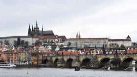 Bouře přinesla do Prahy podzim. Ráno se budou tvořit mlhy, vytáhneme svetry