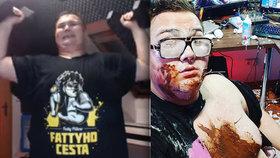 Těžkotonážní youtuber FattyPillow hubne! Tvrdou dietu už ale porušil