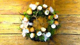 Velikonoční věnec: Jak si ho vyrobit doma krok za krokem