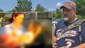 Šokující reakce otce holčičky zavřené v rozpáleném autě: Proč jste mi rozbili okno, měli jste mi zavolat!