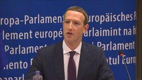 Mark Zuckerberg dostal další pozvání. Tentokrát před ruský parlament
