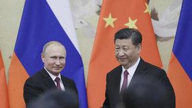 Putin si v Pekingu vychvaloval vztahy s Čínou. Zato hnutí MeToo je mu proti srsti