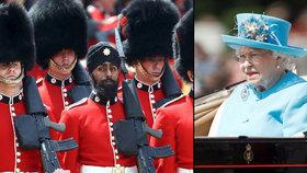 Voják v turbanu pochodoval pro královnu Alžbětu. Vysoký čepec nechtěl kvůli víře