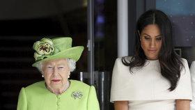 Královna zatrhla Meghan plány na zbohatnutí! A s Harrym je vykázala i z paláce