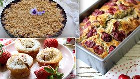 Třešně, jahody, borůvky v hlavní roli: 4 recepty na delikátní sladká pokušení